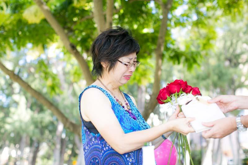 ハワイ挙式の後にご両親の記念日をサプライズで祝う