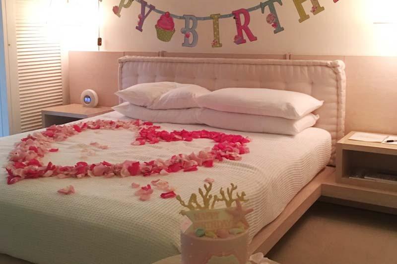 生花を使ったデコレーションは花の香りが部屋に拡がる