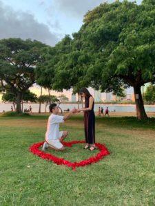 ハワイでサプライズプロポーズ