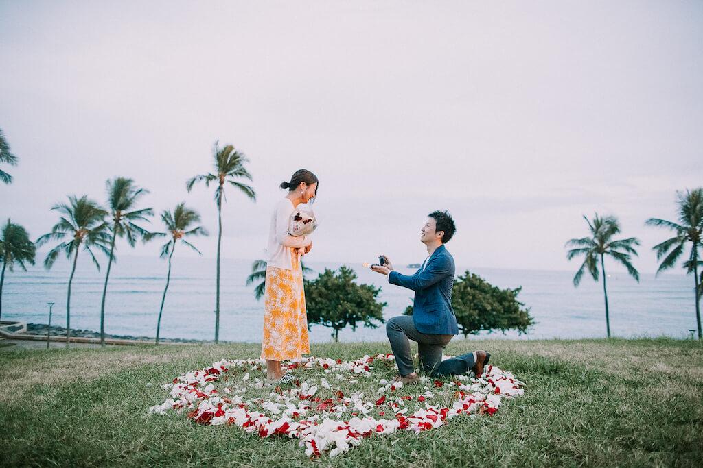 ハワイに行くことすら内緒のサプライズプロポーズ!